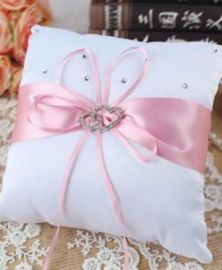 Coussin Porte Alliance Mariage Rose
